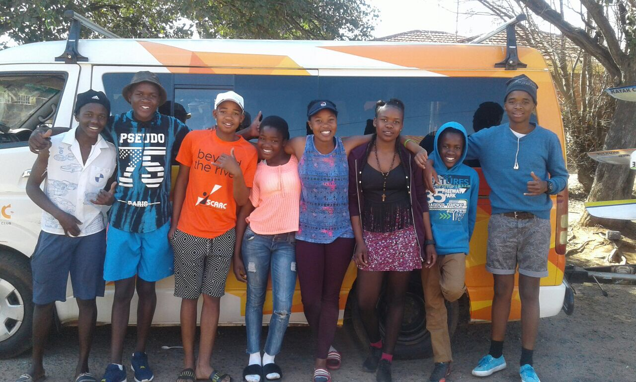 9 Soweto Development paddlers head to SA Canoe Marathon Champs in Pietermaritzburg